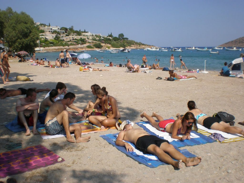 Greek Island Travel - Traveling During the Peak Season