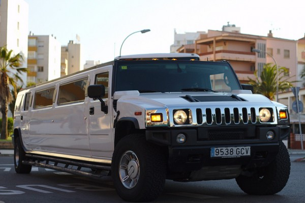Tips For Dealing With A Limousine Hire Company