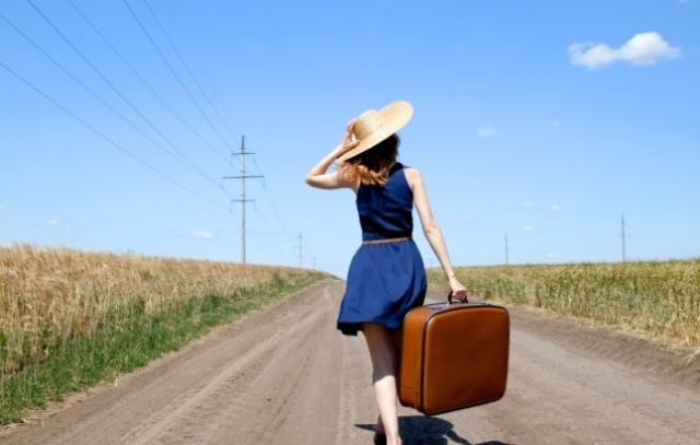 7 Things You Must Ensure If You Are Travelling Alone In UK
