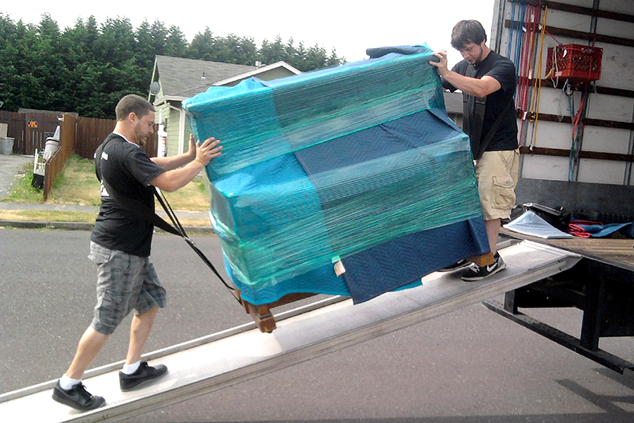 Things To Remember Before Hiring Long Distance Moving Services Providers