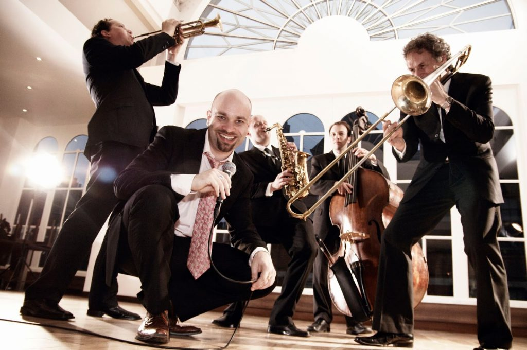 Hire The Best Wedding Band For Your Wedding