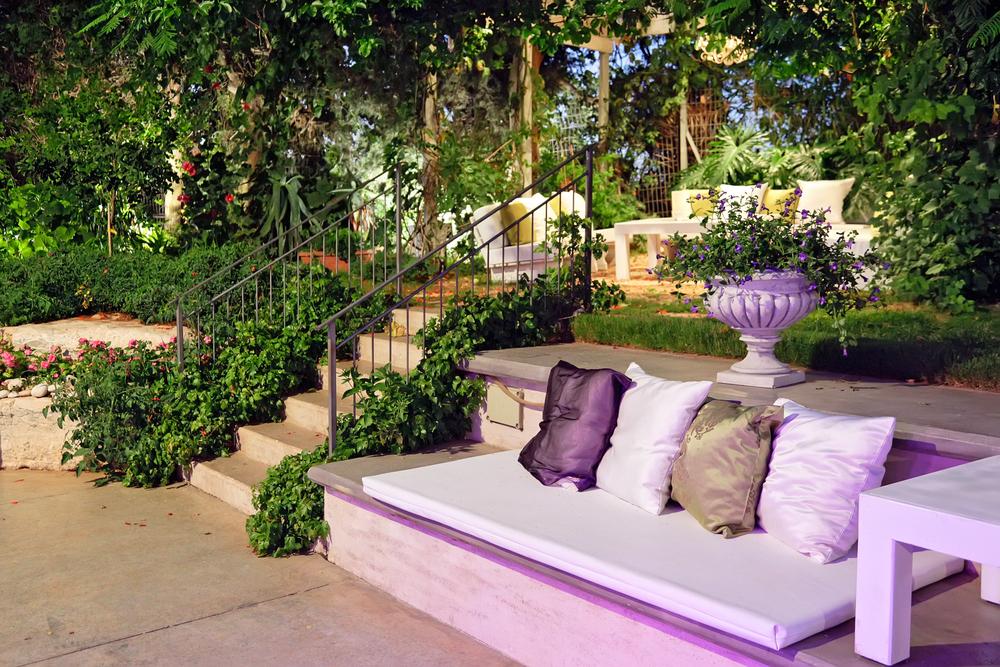 How Useful Garden Maintenance Tips
