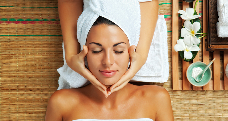 Salon-Like Pampering At Home!!