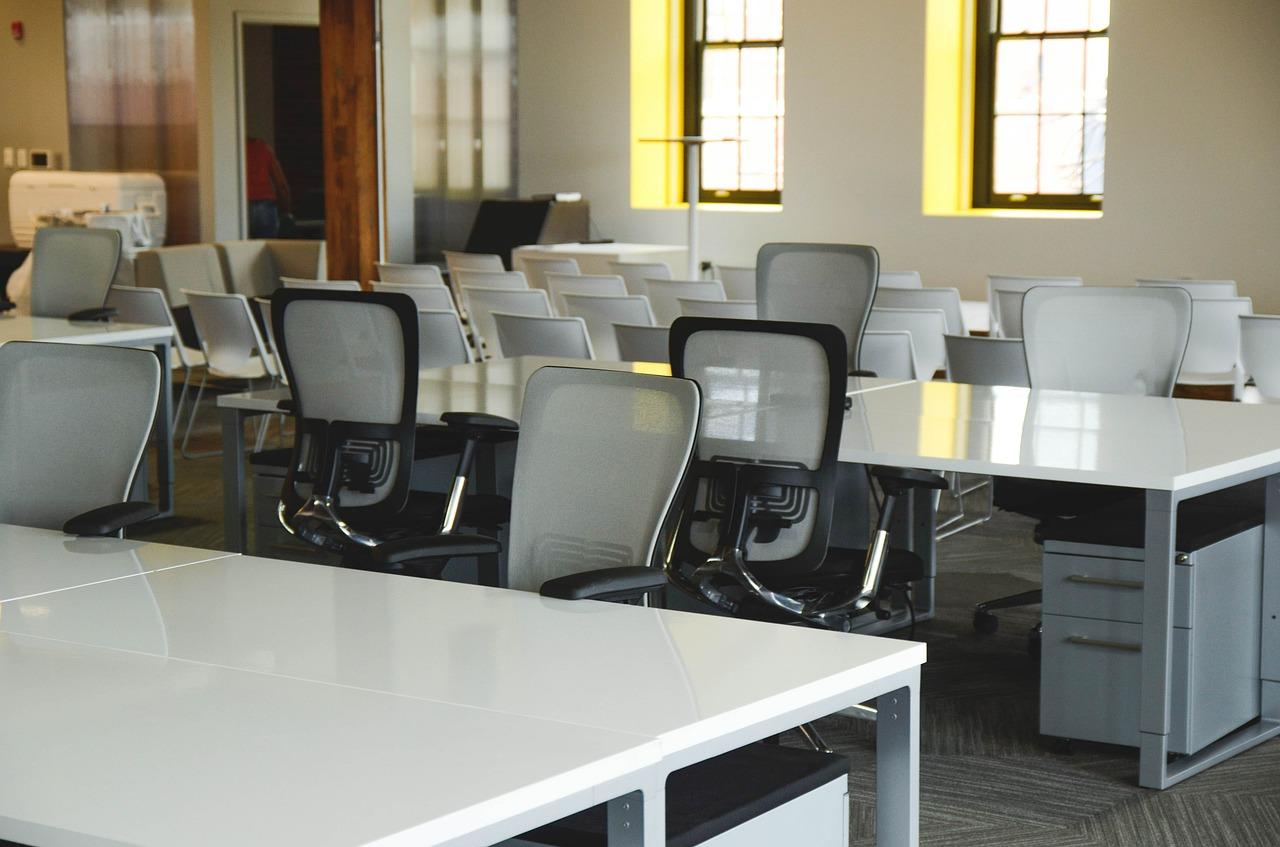 Enhancing Work Experience With Luxury Office Chairs