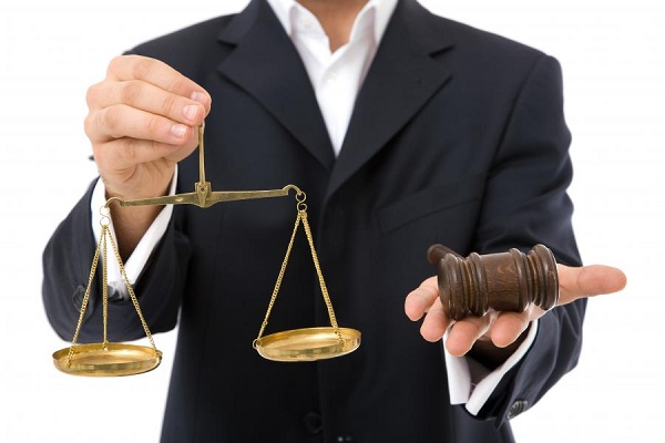 How to Choose Reliable Business Lawyers