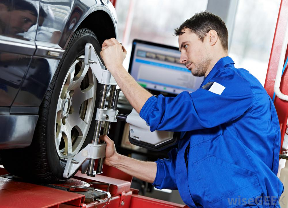What To Look For In Financing Custom Auto Rims And Tires