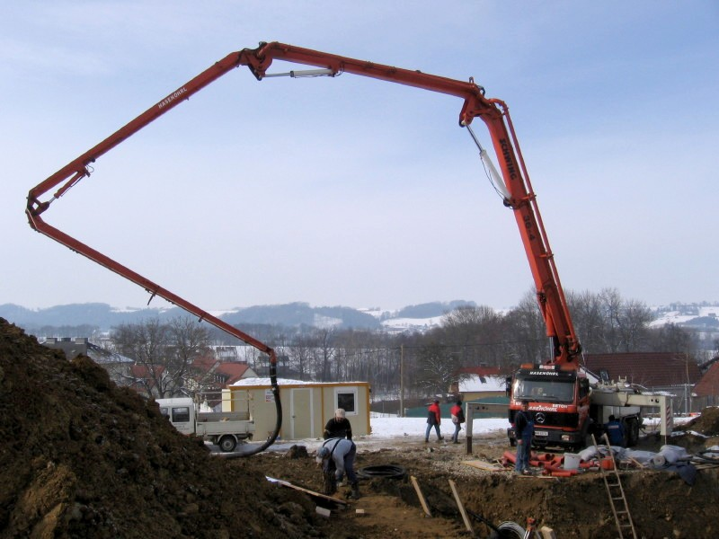 Factors To Consider Before Buying Used Concrete Pumps