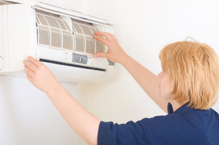 How To Service Your Air Conditioner Yourself and Save Money?