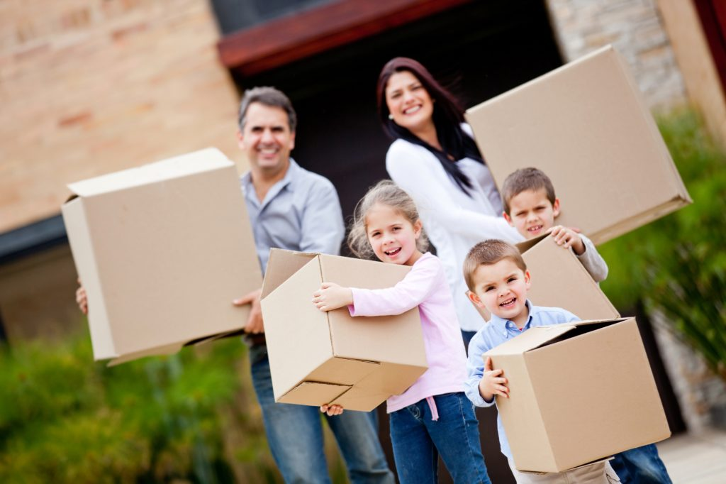 6 Never-miss Tips While Moving With Kids