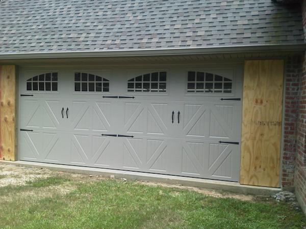 Tips for Repairing the Garage Door
