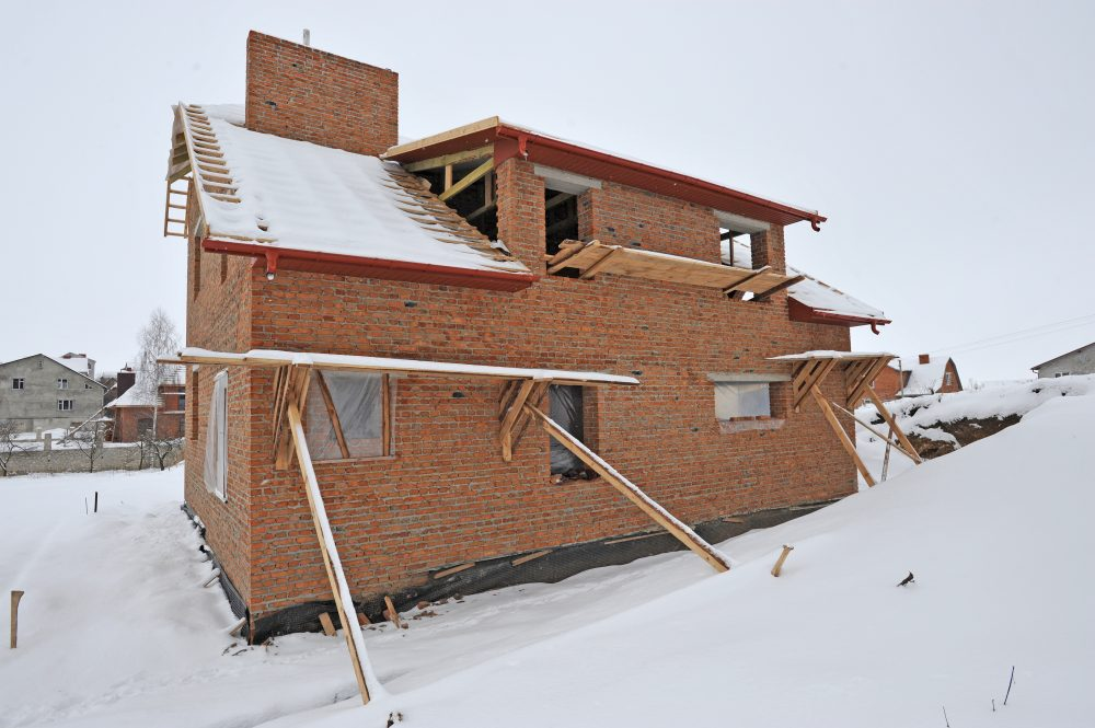 4 Myths About Building A Home In The Winter