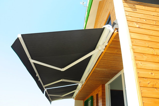 How To Find The Best Awnings For Patio and Deck?