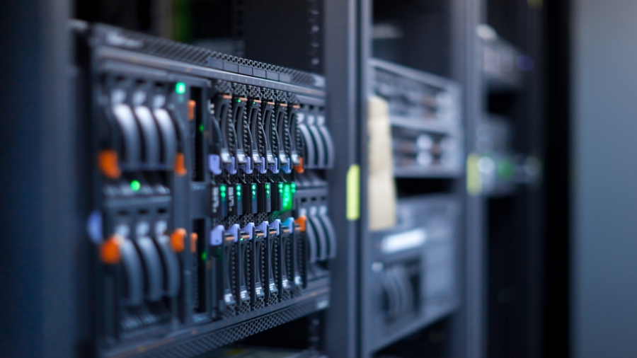 What Are The Advantages Of Using A Dedicated Web Hosting Service?