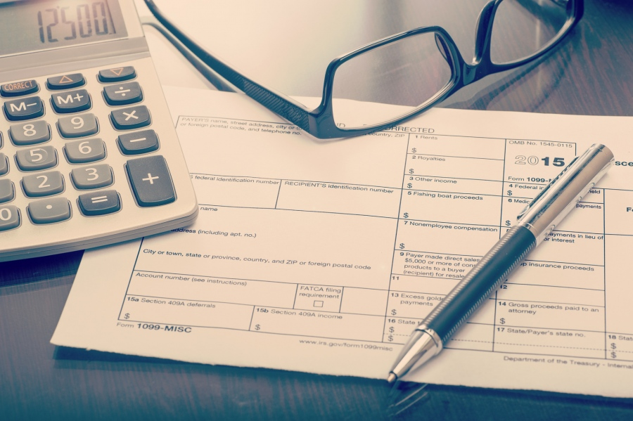 What Are 1099 Forms and Why You Need To Be Careful About Them!