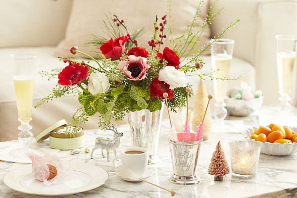 Exquisite Arrangement Of The Flowers At Reasonable Price