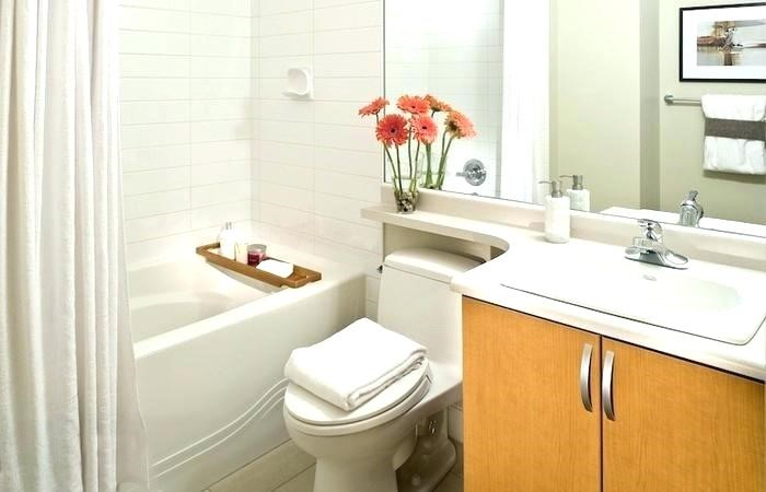 the reasons and important aspects of apartment bathroom renovation