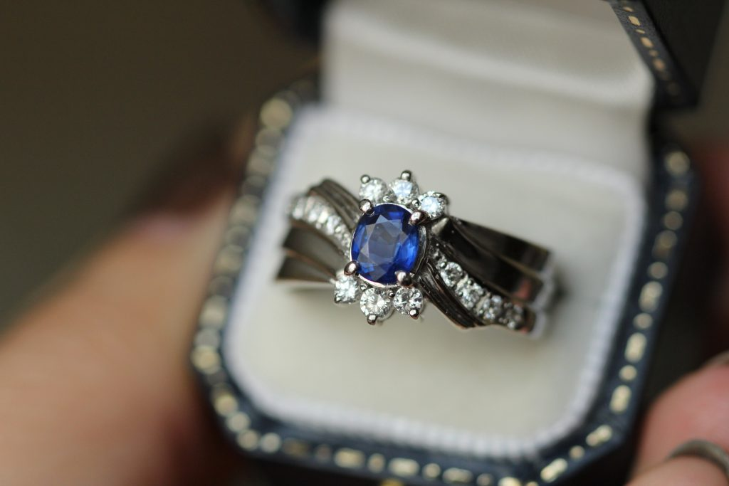 4 Unique Gemstones You Could Choose For Your Partner's Engagement Ring